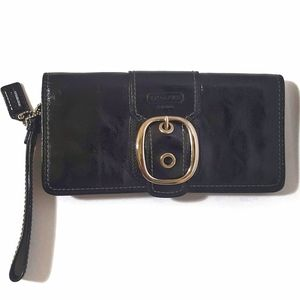 Coach Soho Wristlet Bag Large Textured Patent